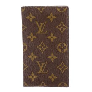 LOUIS VUITTON checkbook cover. Barely used!